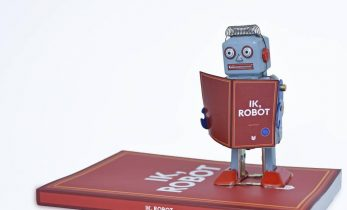 A robot as bestseller author